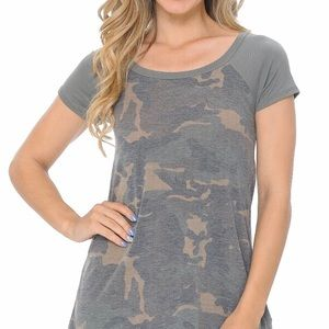 Tops - Subdued camouflage t-shirt